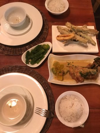 Kalui Restaurant: photo0.jpg