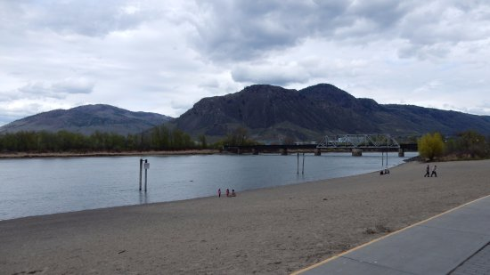 Kamloops, Canada: The Park, view from the beach