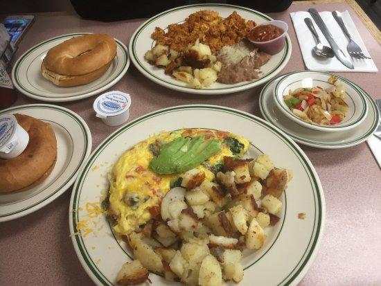 West Sacramento, Kalifornia: הארוחה