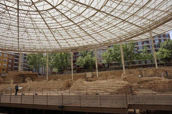 Museo del Teatro de Caesaraugusta - Picture of Museo del Teatro Romano de Cae...