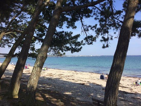 Fouesnant, France: très belle plage à 100 mètres
