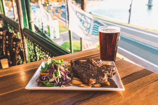 East Fremantle, Australia: THURSDAY SPECIAL - 300gm T-bone steak with chips, pepper sauce and salad and a pint for $17 from