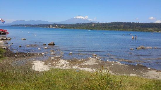 Villarrica Volcano: Vilarica lake and Volcano