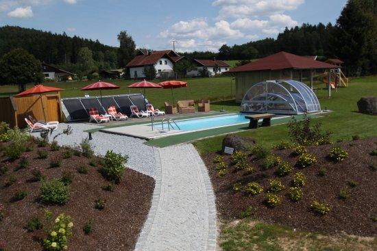 Bobrach, Alemania: solarbeheizter Außenpool