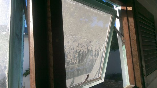 Yzerfontein, جنوب أفريقيا: dirty window