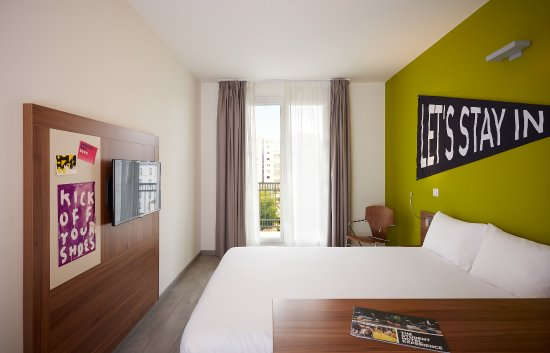La Defense, Γαλλία: Single/Double Room