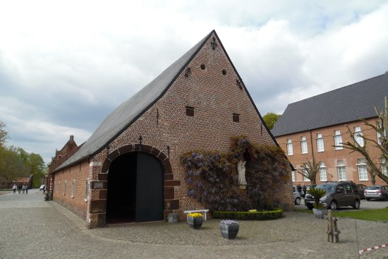 Tongerlo, Belgique : Tiendschuur. There is a small exhibition inside now.