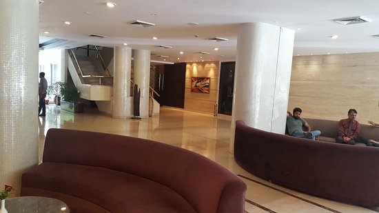 Shivalik View: This is the lobby, which was quite attractive