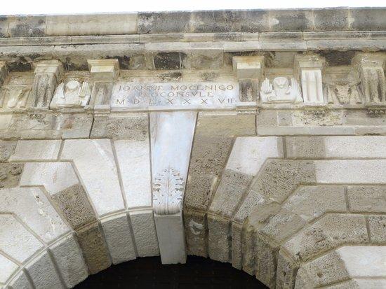Ενετικά Τείχη και ο Τάφος του Καζαντζάκη: particolare della Jesus Gate (o New gate)