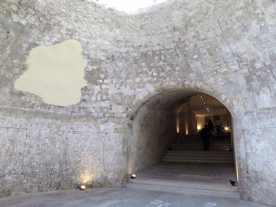 Ενετικά Τείχη και ο Τάφος του Καζαντζάκη: All'interno di Porta San Giorgio