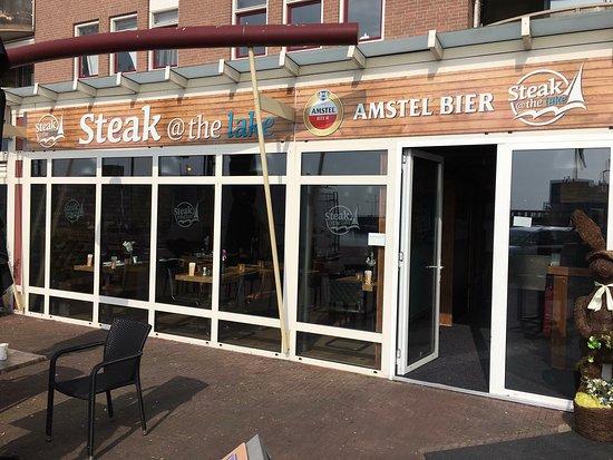 Almere, Pays-Bas : Voorkant