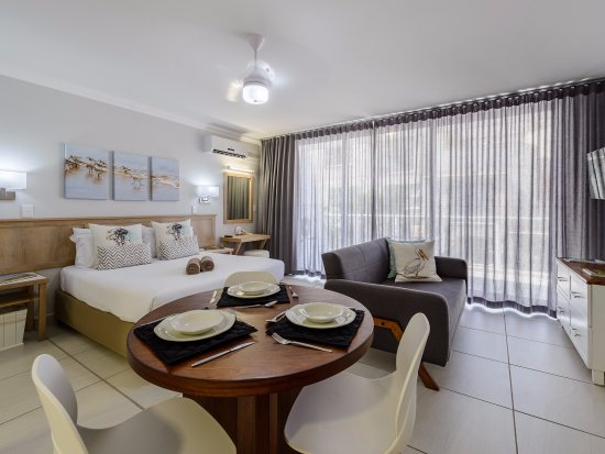 Umdloti, South Africa: The studio unit is well-equipped for a memorable seaside holiday.
