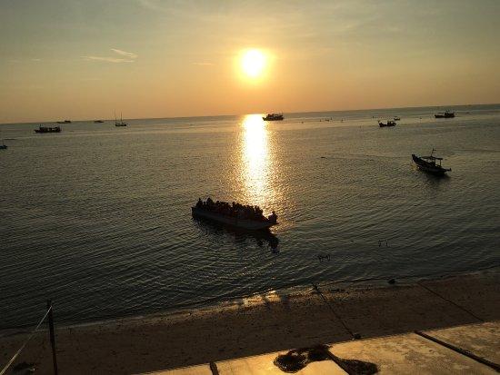 Ban's Diving Resort: photo3.jpg