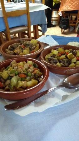 Lluc, إسبانيا: Tres tipos de frito en Ca´s Amitger, Lluc