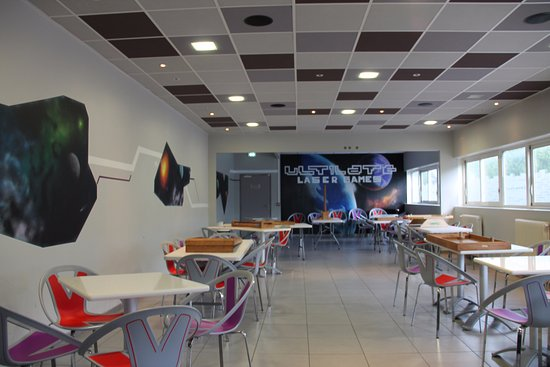 Echirolles, France: Une salle à l'étage idéal pour les anniversaires, réceptions et autres moments de détente
