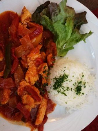 Gasthaus Krombach: Arroz con pollo y verduras