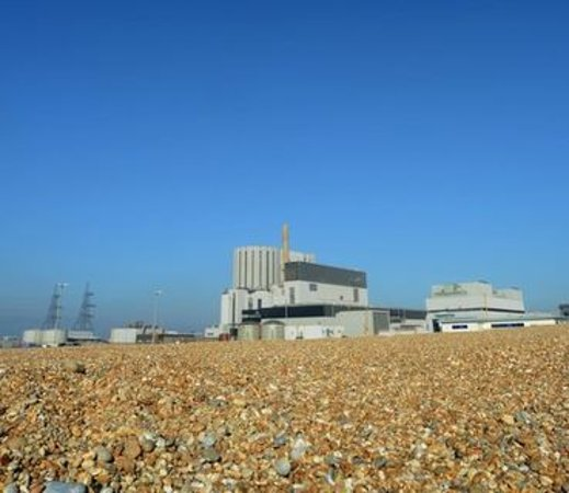 Dungeness Power Station from the beach