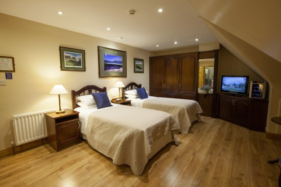 Ballybunion, Irland: Room Four Twin Room Image