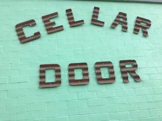 Pokolbin, Australie : cellar door