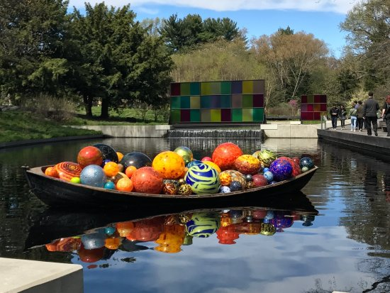Chihuly At The Garden Earth Day Weekend Picture Of New York Botanical Garden Bronx Tripadvisor