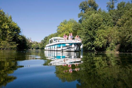 Roullet-Saint-Estephe, Frankrike: Inter-Croisières - naviguez au grè de vos envies