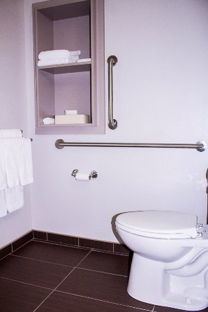 Penn Yan, NY: Accessible Bathroom