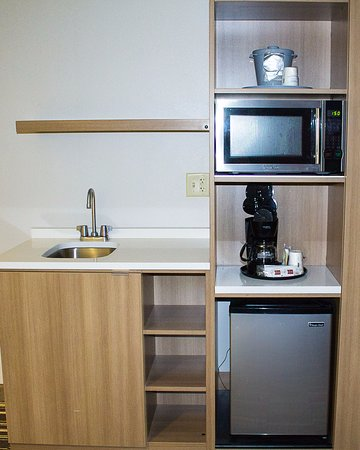 Penn Yan, NY: Suite comes with mini fridge, microwave, coffee pot, sink, iron and ironing board