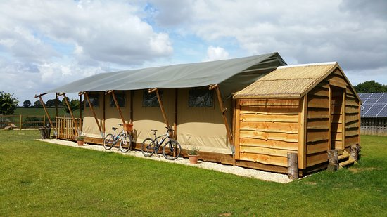 C&fires and Stars Safari Tents with Bikes in Rolling Cotswold Countryside with Hot shower and & Safari Tents with Bikes in Rolling Cotswold Countryside with Hot ...