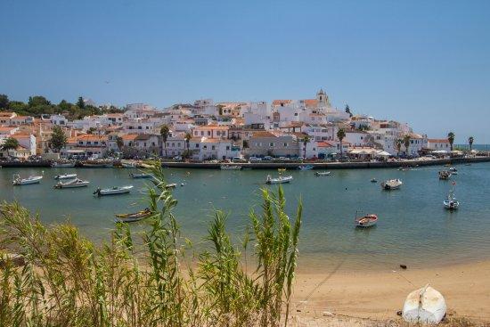 Estombar, Portugal: Ferragudo 10 minutes from Tapada do Gramacho