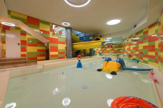 Baita montana spa resort hotel livigno prezzi 2017 e recensioni - Livigno hotel con piscina ...
