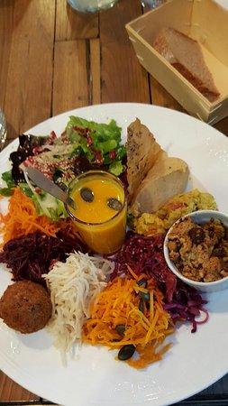 Kingersheim, Франция: Assiette végétarienne