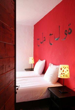 Estombar, Πορτογαλία: Bedroom Xelb apartment