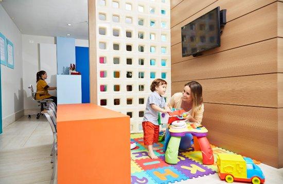 Natal Shopping Center: Espaço Família, lugar especial para todas as famílias cuidarem melhor dos bebês.