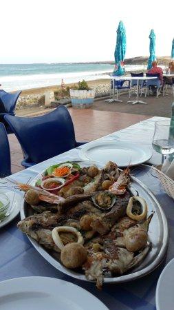 Arrieta, Spanien: pescado del giorno