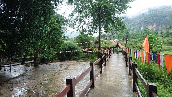Khammouane, Laos: DSC_5376_large.jpg