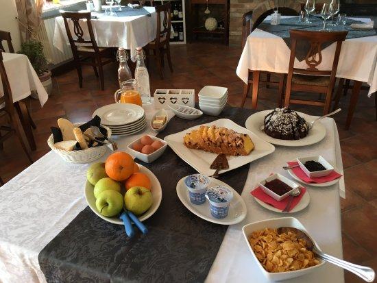Mango, Italy: Frühstücksbuffet für zwei