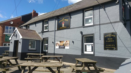 Laugharne, UK: Fountain Inn