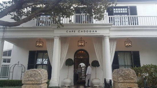 Cape Cadogan: Distintas estancias. Lugar precioso y totalmente recomendable :O)