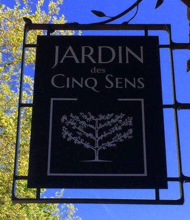 Picture of jardin des cinq sens yvoire for Jardin 5 sens