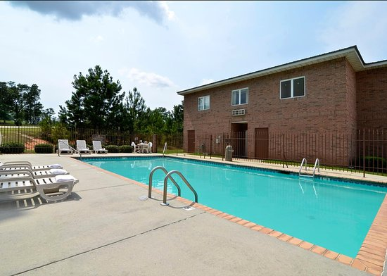 Wiggins, MS: Pool