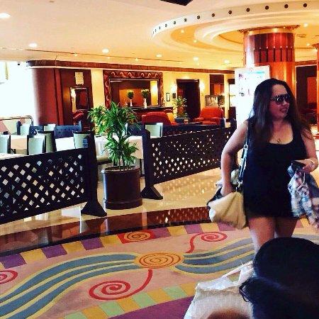 Al Raha Beach Hotel: photo0.jpg