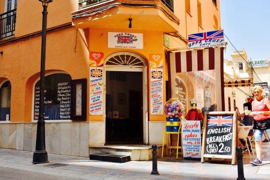 Restaurante uppa crust en fuengirola con cocina otras - Cocinas fuengirola ...