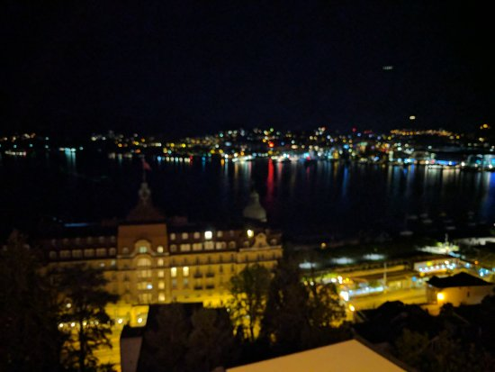 Art Deco Hotel Montana Luzern: IMG_20170421_231318_large.jpg