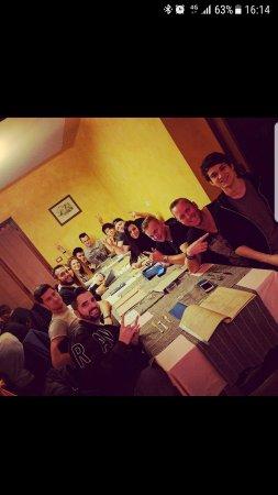 Paesana, Italia: I DJ della discoteca shock al Wellington!!!!