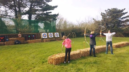 Νιούκι, UK: Archery at Stay Active Adventures