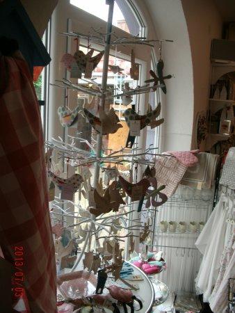Jever, Alemania: Das NettigkeitenLädchen im Teehaus mit 1001er Geschenkidee
