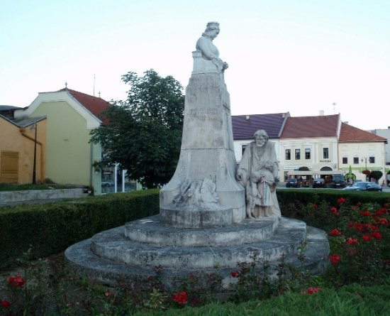 Countess Frantiska Andrasi Monument