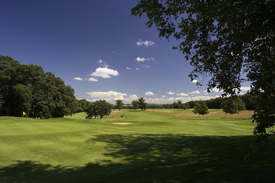 Calne, UK: Our stunning 18-hole Championship Golf Course