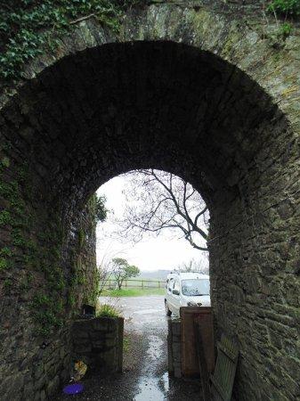 Tavistock, UK: Gate way to the B & B and Farm