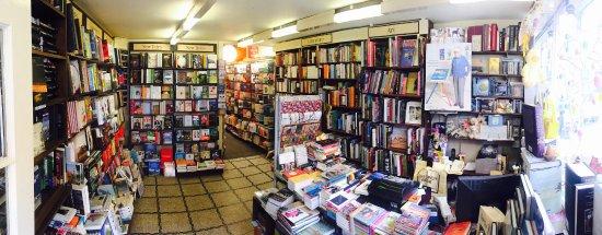 Richmond-upon-Thames, UK: Panoramic inside shop.